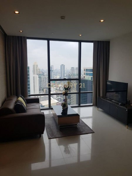 For rent The Bangkok Sathorn, luxury condo in the only potential on Sathorn Rd. Next to the BTS Surasak/ 47-CC-62623