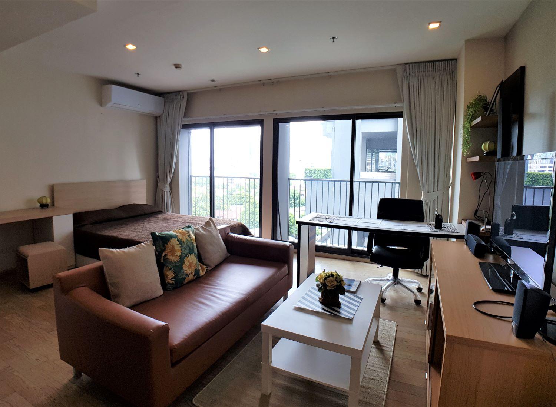 Fully furnished studio for rent at Noble Remix on Sukhumvit road near bts thonglor