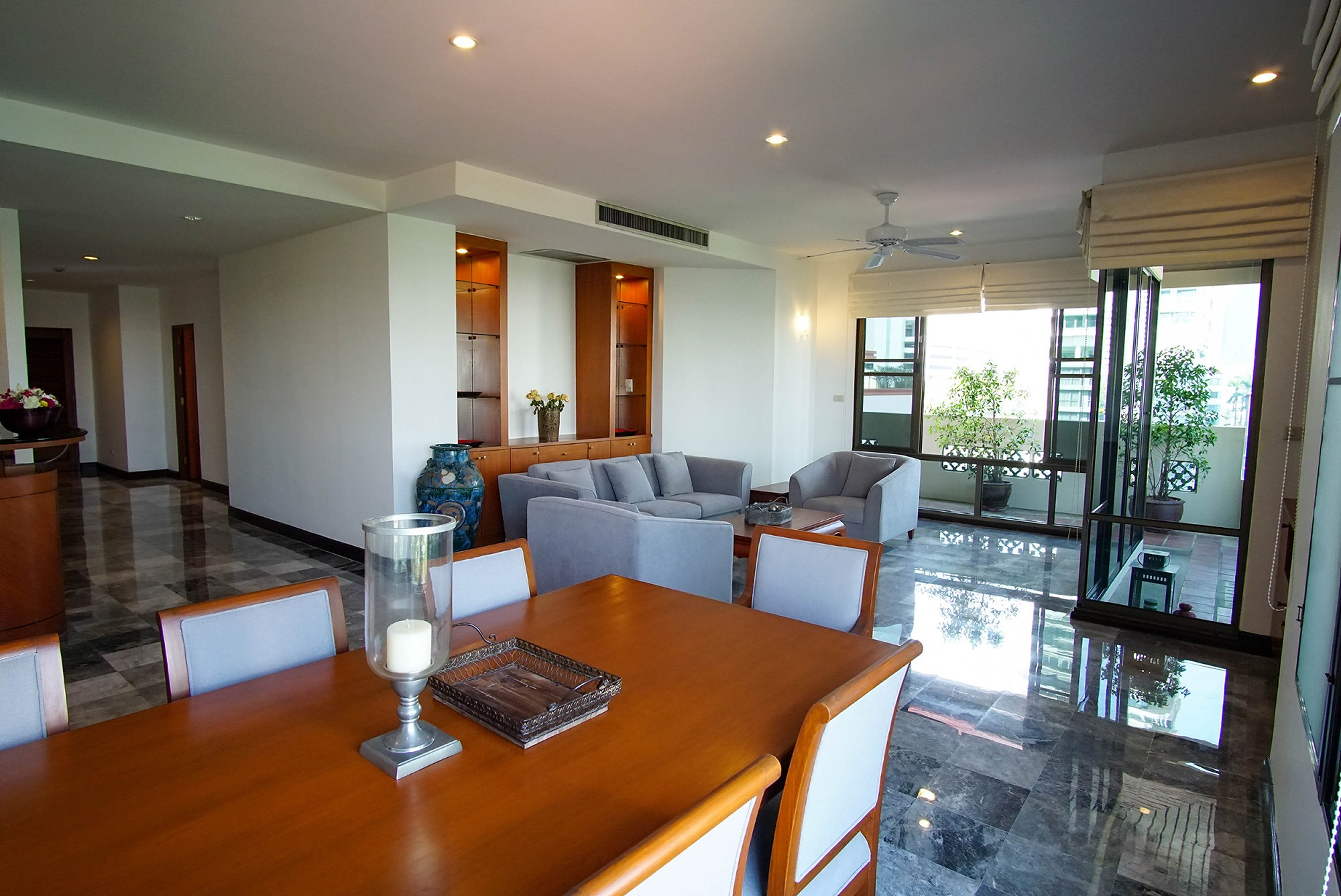 Apartment in Phrompong