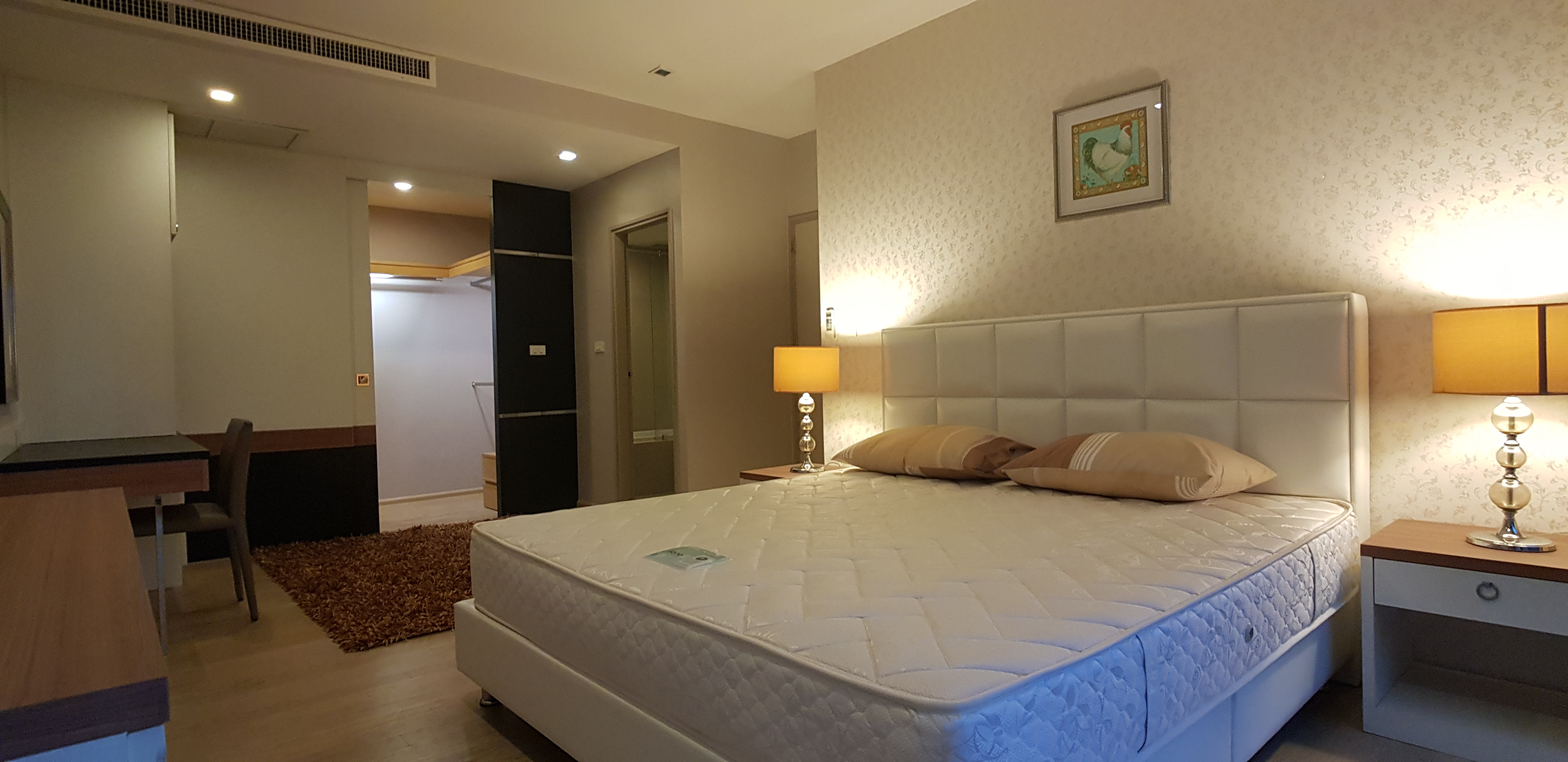 3 Beds Condo in Thonglor
