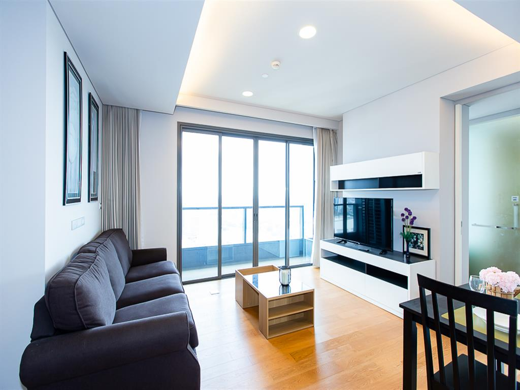 THE LUMPINI 24 is situated in the heart of business district in Bangkok