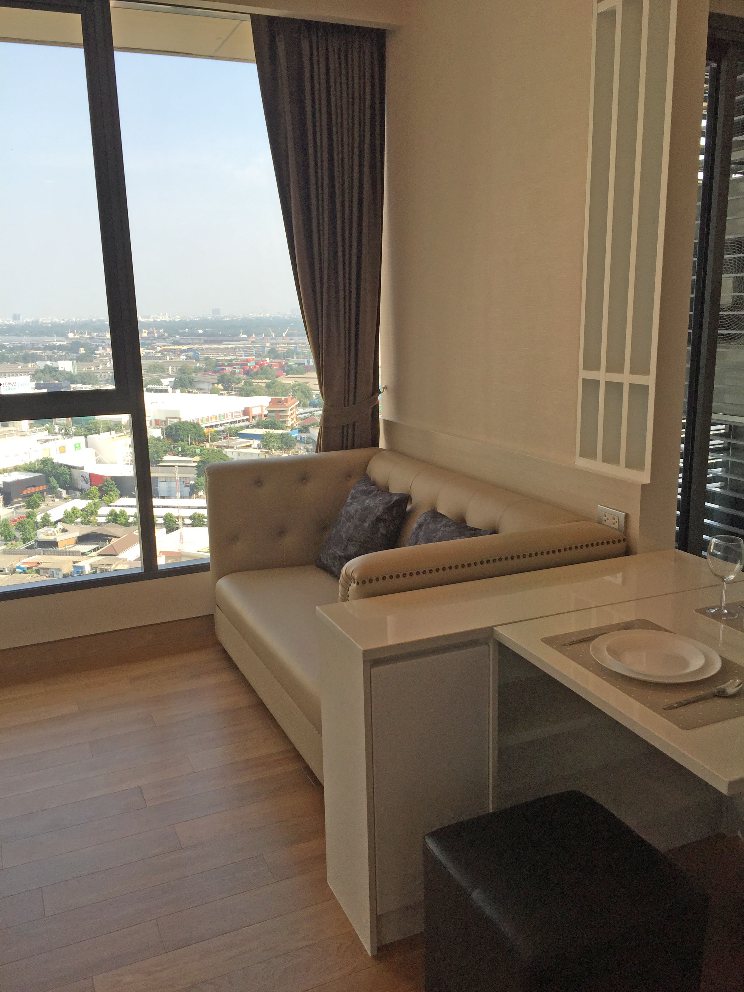 Condo for Rent 1  bedroom at the Lumpini 24 near BTS Phrom Phong Ref.A15210105