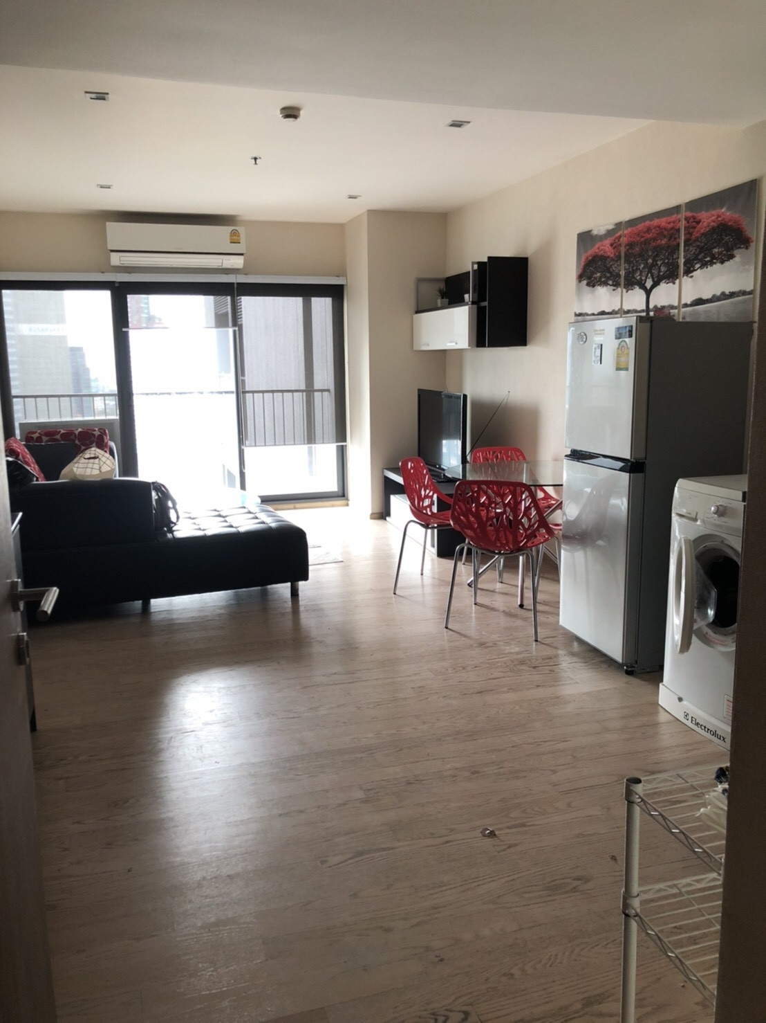 LTH2834 – Noble Remix FOR RENT 2 beds 2 baths size 85 Sq.M. Nearby BTS Thonglor station ONLY 45k/Month