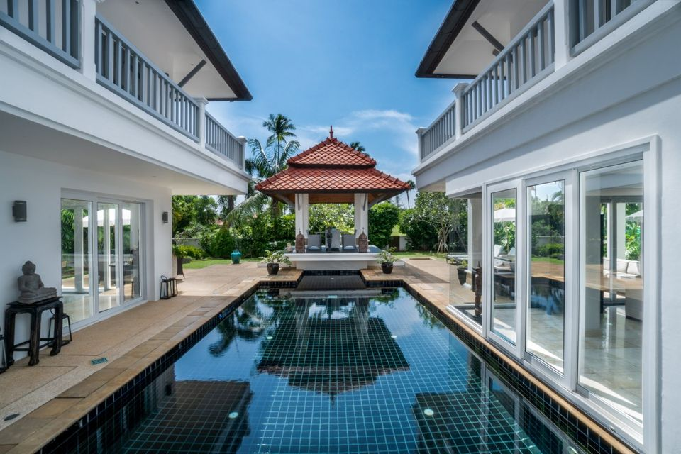 Residence Villa in Laguna (ID: LG-014)