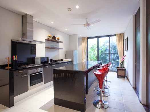 Condominium with 2 Bedrooms in Surin (ID: SR-008)