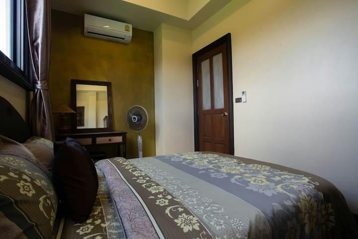 3 Bedrooms Pool Villa in Naiharn (ID: NH-010)