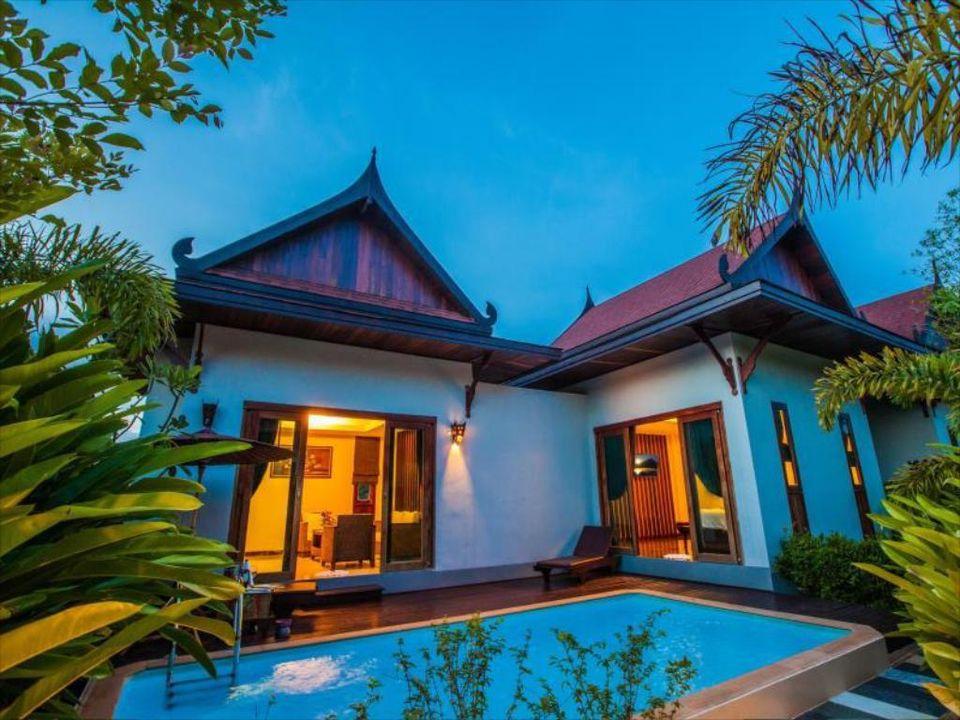 Luxury 5 Star Resort in Naiyang (ID: NY-001)