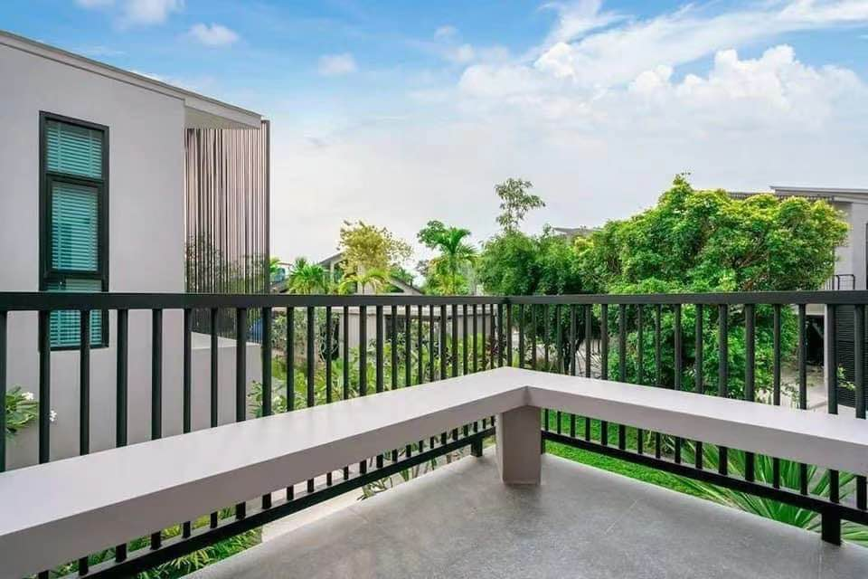 Modern Villa for Rent and Sales in Bangtao (ID: BT-010)