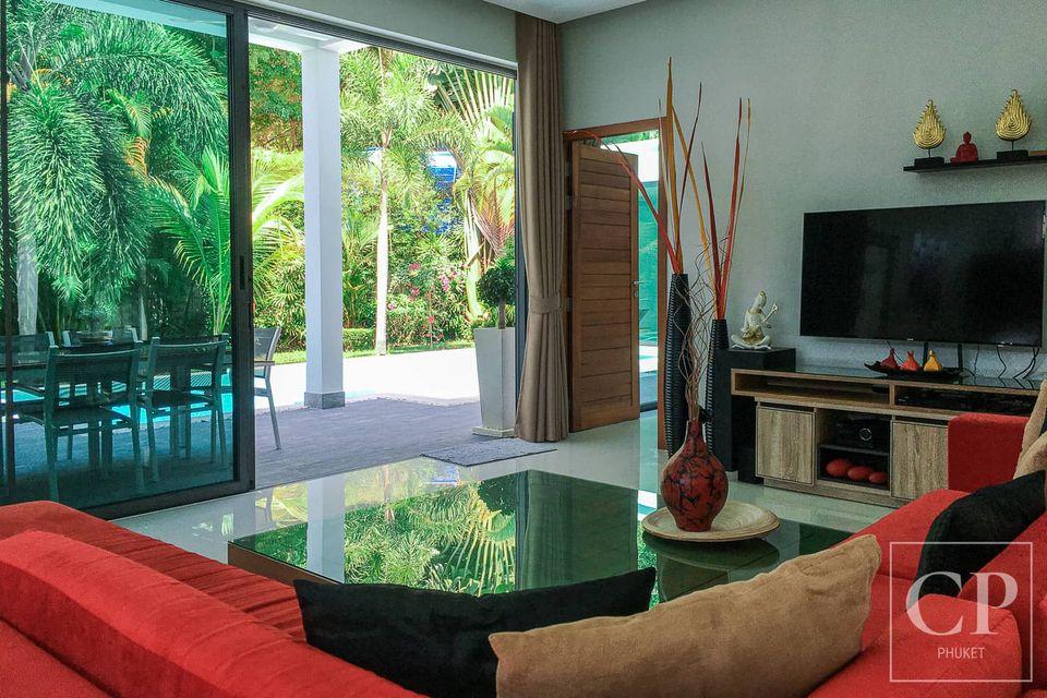 Modern Sophisticated Pool Villa in Rawai (ID: RW-077)