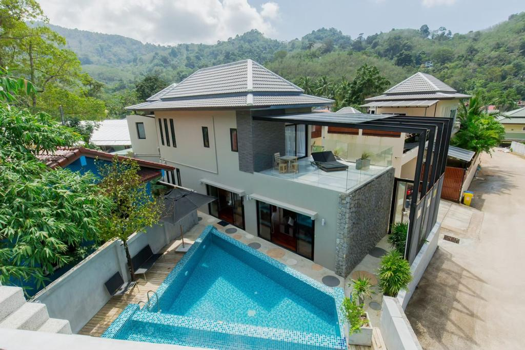 3 Bedrooms Pool Villa in Kamala (ID: KL-025)