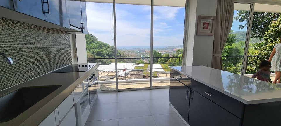 Seaview Apartment with 2 Bedrooms in Kamala (ID: KL-030)
