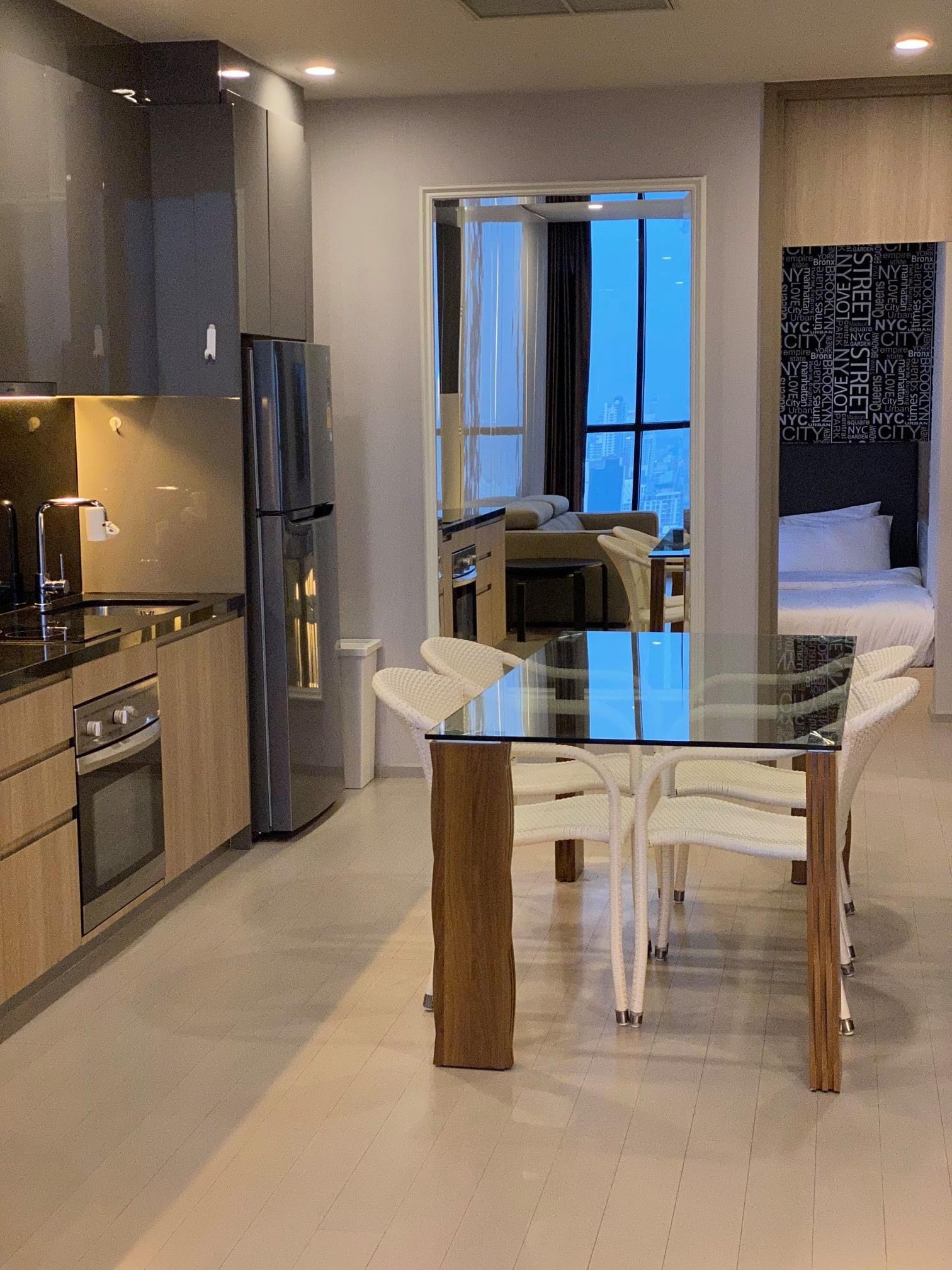 LTH3312 – Noble Ploenchit FOR RENT 2 beds 1 bath size 70 Sq.M. Nearby BTS Phloen Chit station ONLY 75k/Month
