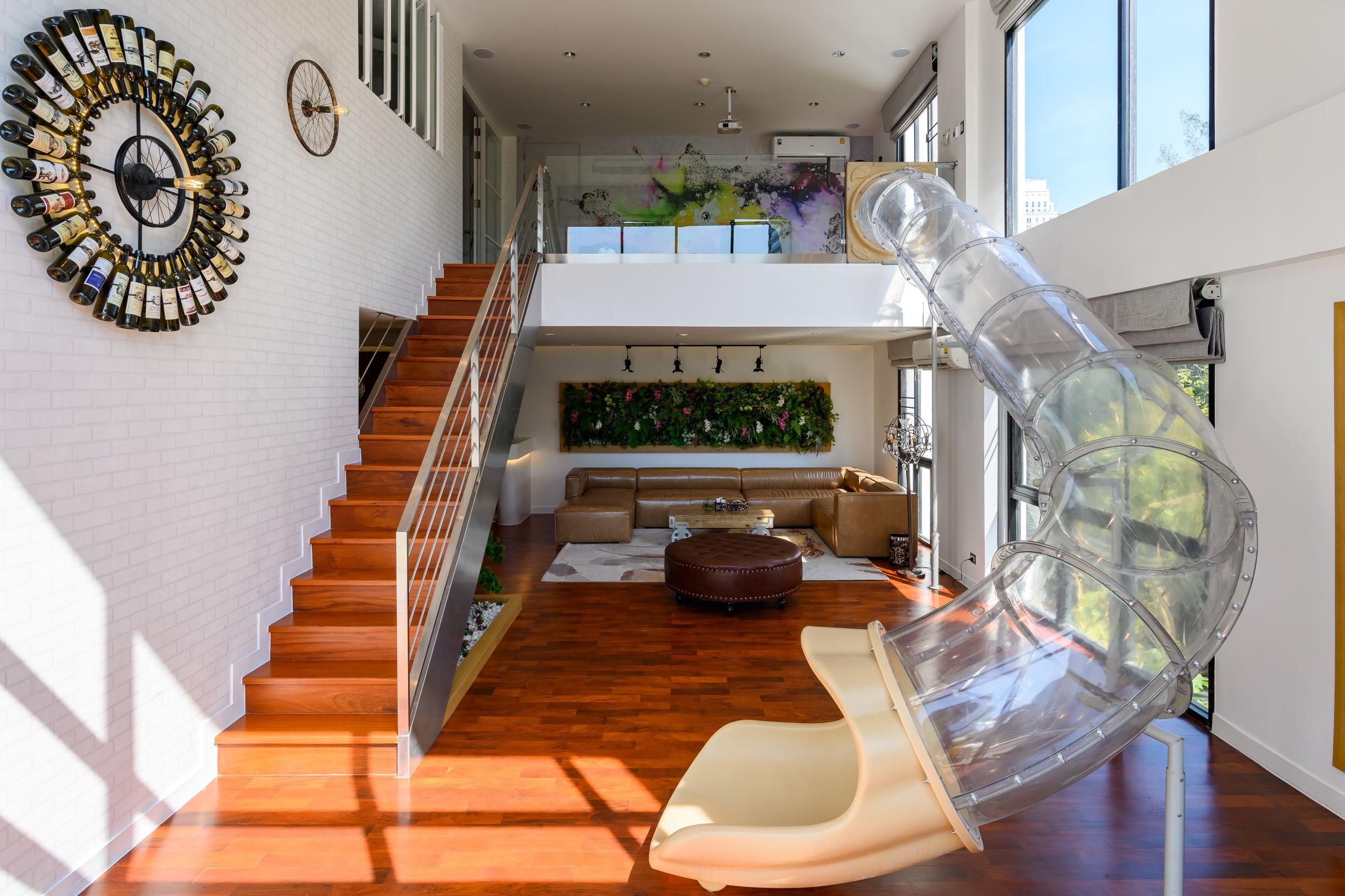 Embassy Suite Duplex Apartment in Soi Langsuan