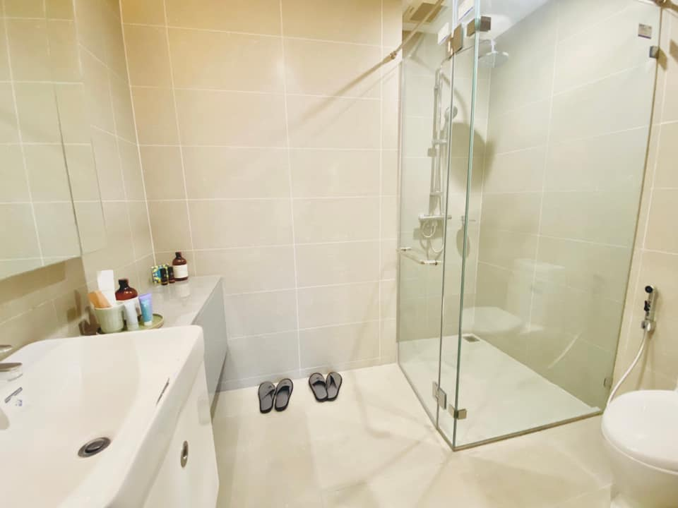 LTH3459 – Noble Ploenchit FOR RENT 1 bed 1 bath size 58.57 Sq.M. Nearby BTS Phloen Chit station ONLY 38k/Month