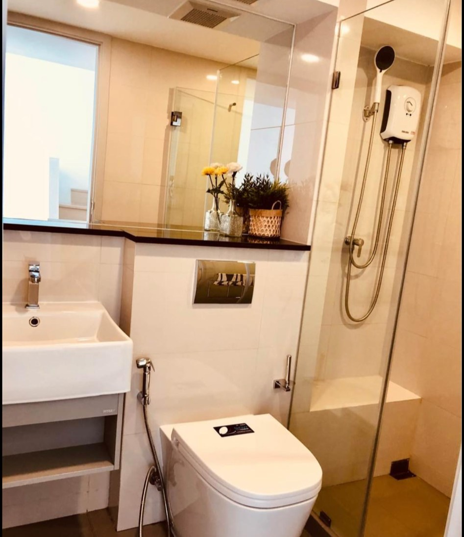 LTH3460 – Knightsbridge Prime Sathorn FOR RENT 2 beds 2 baths size 58 Sq.M. Nearby BTS Chong Nonsi station ONLY 35k/Month