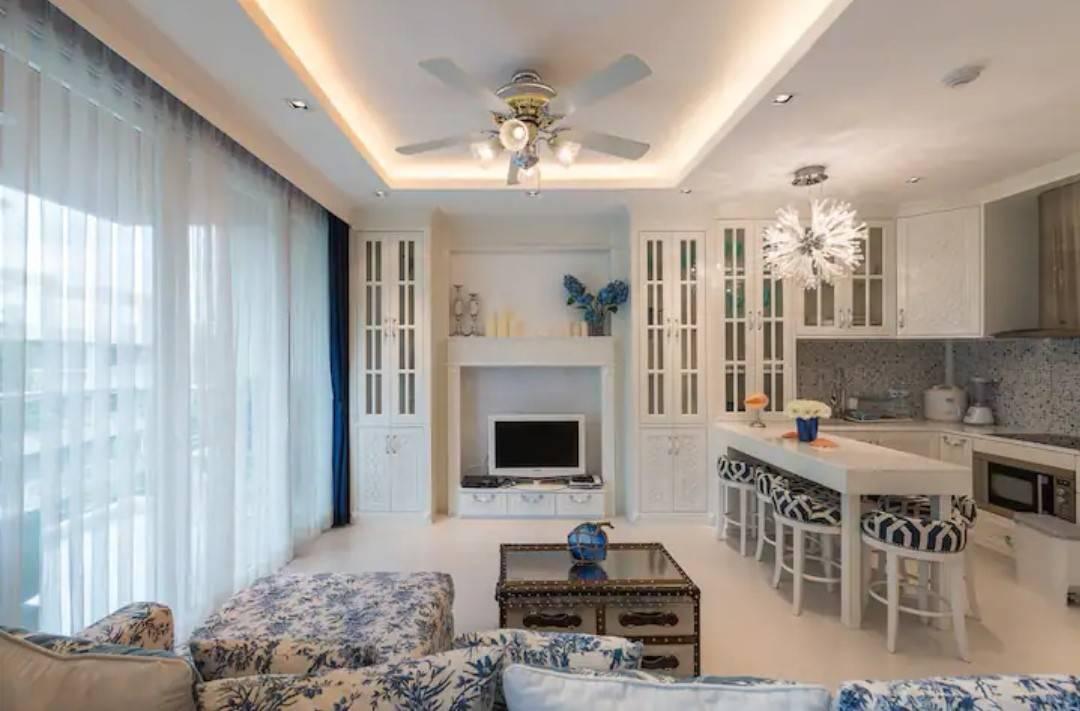 Dao Tem Fah Condominium - Luxury Colonial unit on top floor with ocean view in Hua Hin