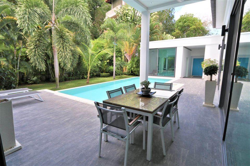 Modern 3 Bedrooms Villa for Sale NH-045