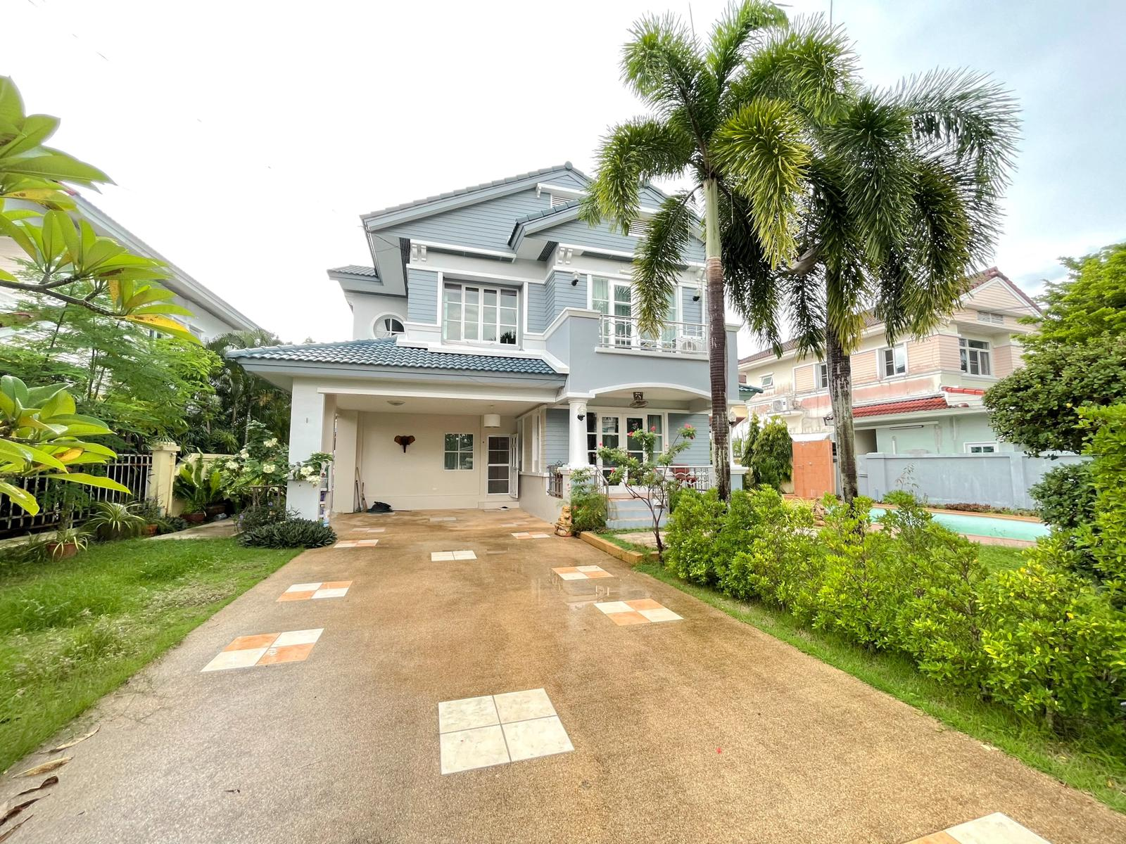 House with private swimming pool for sale ID CH-054