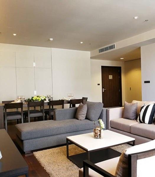 Apartment in Phr