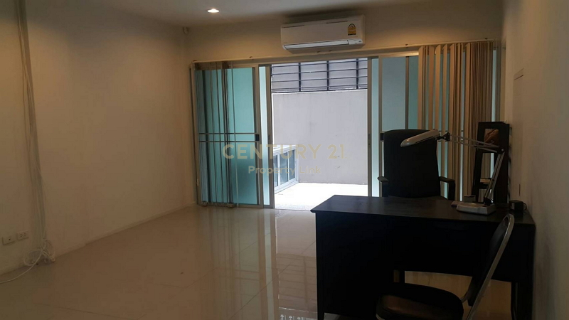 Townhome for rent, Noble Cube Phatthanakan, only 3 kilometers from Thonglor, near Airport Link Ramkhamhaeng/48-TH-64095