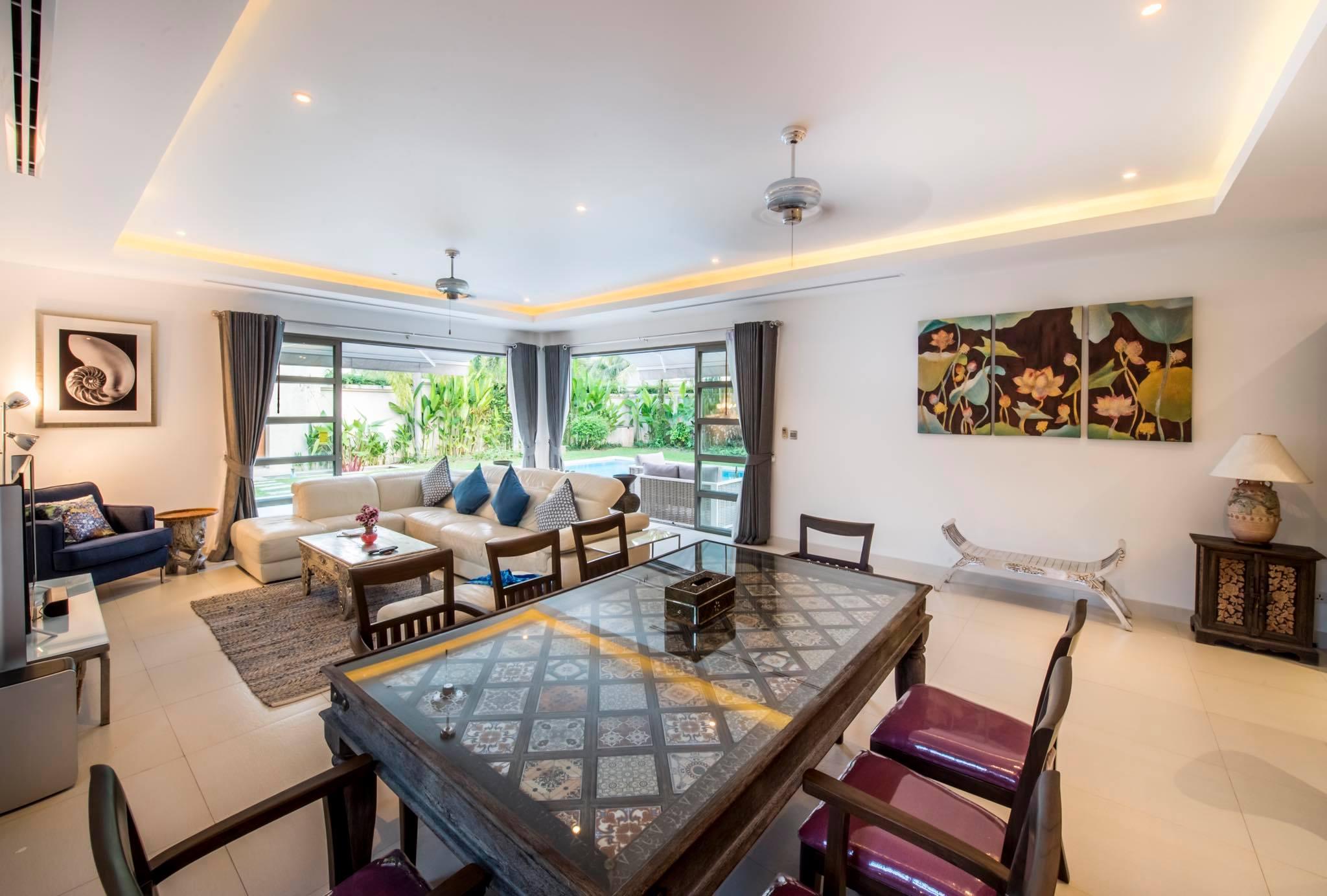 Elegant 3 bedrooms Pool Villa For RENT