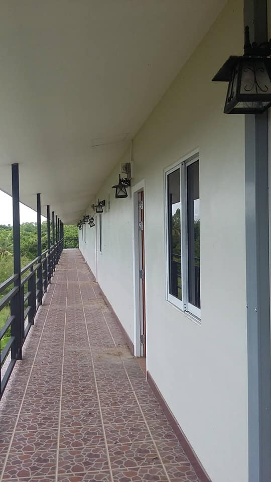 sale land and Apartment 3floor 16 rooms South Pattaya