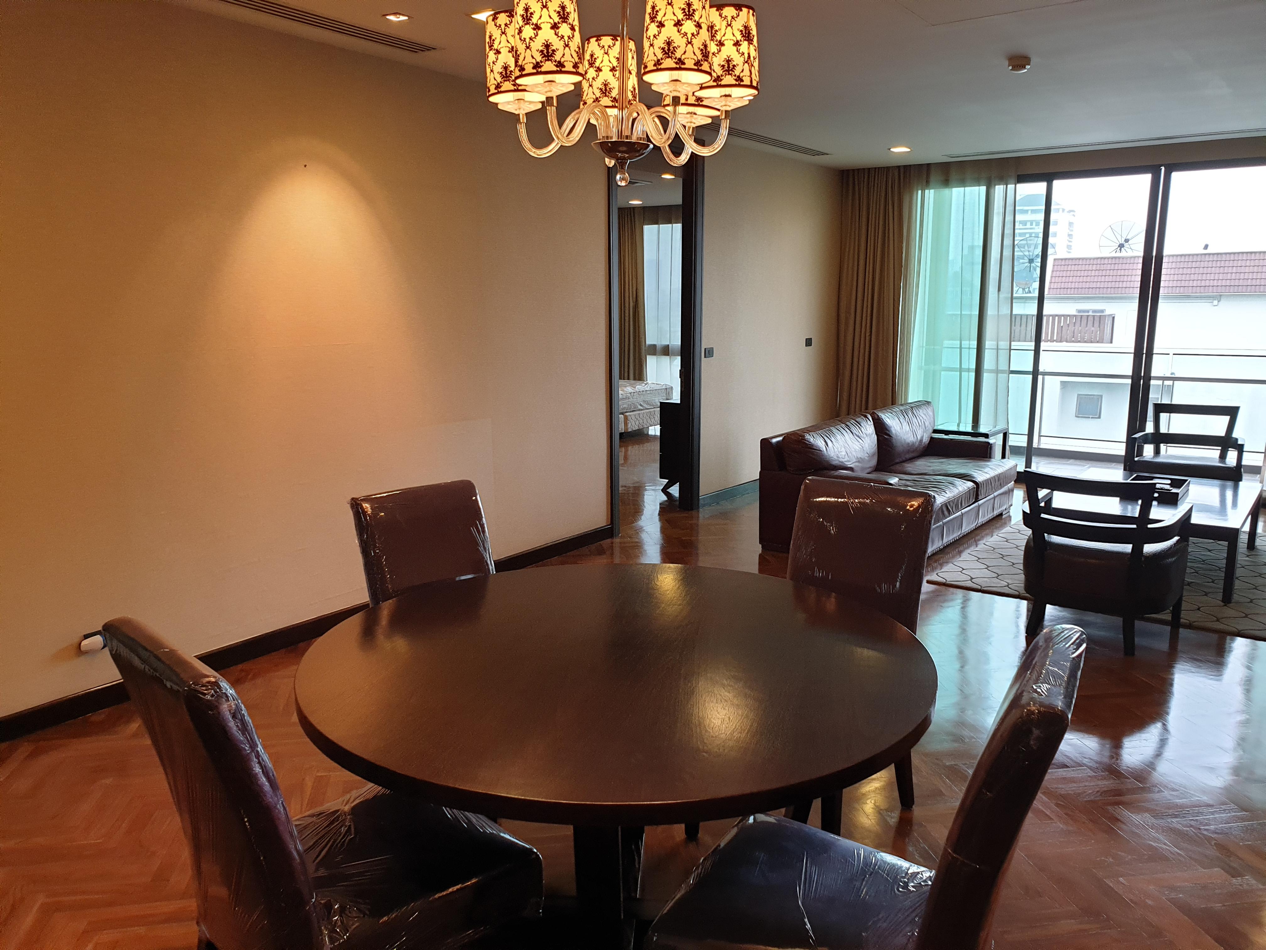 Spacious Apartment in Ekamai