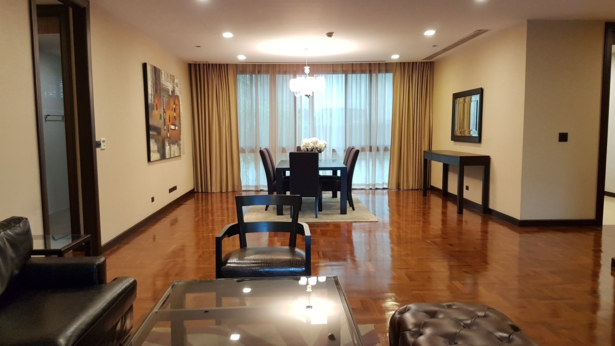 Modern Apartment in Ekamai