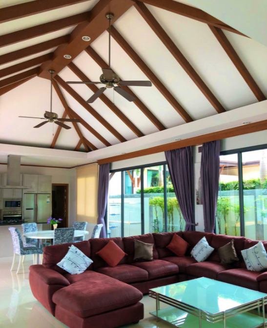 Newly Renovated 3 bedrooms Pool villa for rent in Rawai RW-197