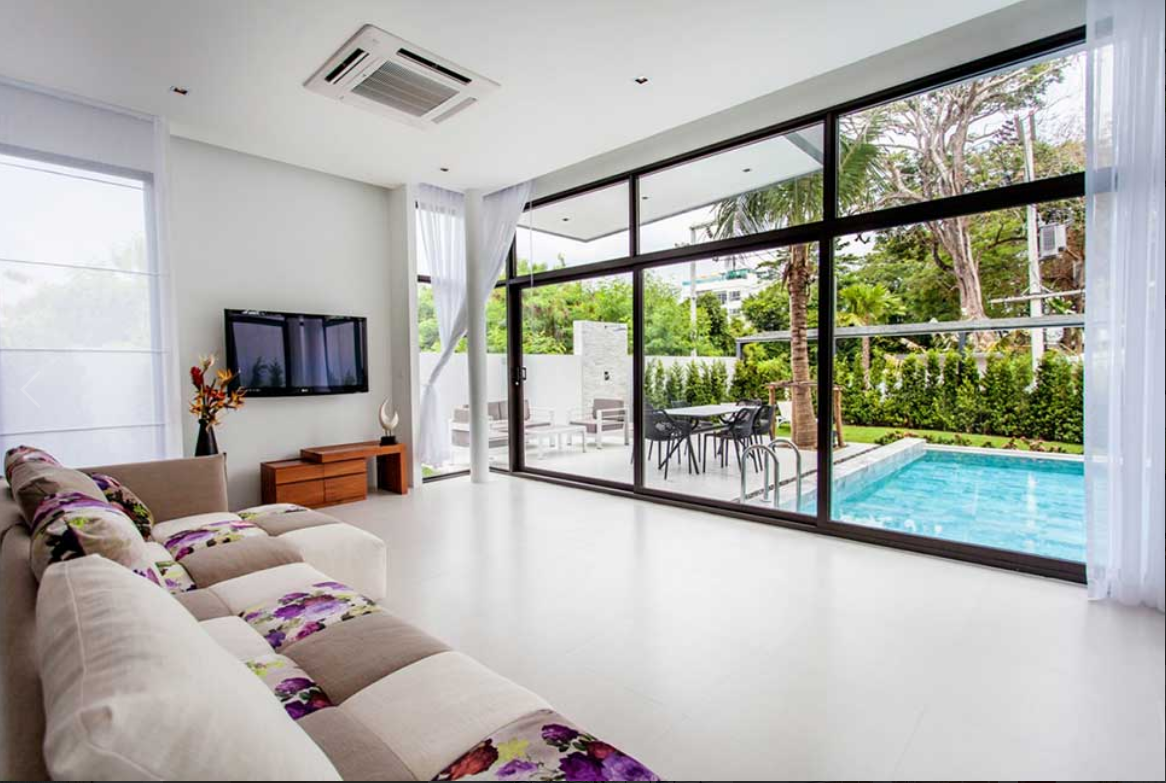 Boutique 3 bedrooms Pool villa for rent in Nai Harn NH-059