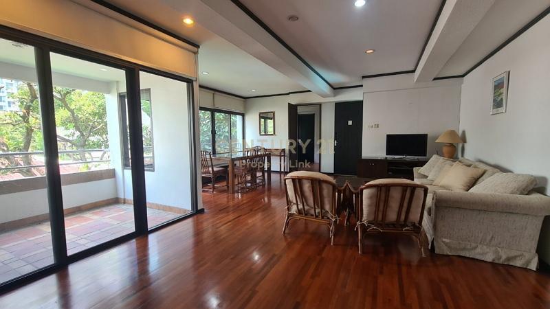 Premium apartment for sale, the best location in Ari, Phaholyothin 9, near BTS Ari, Saphan Khwai, Rama 6 expressway./04-OT-64012