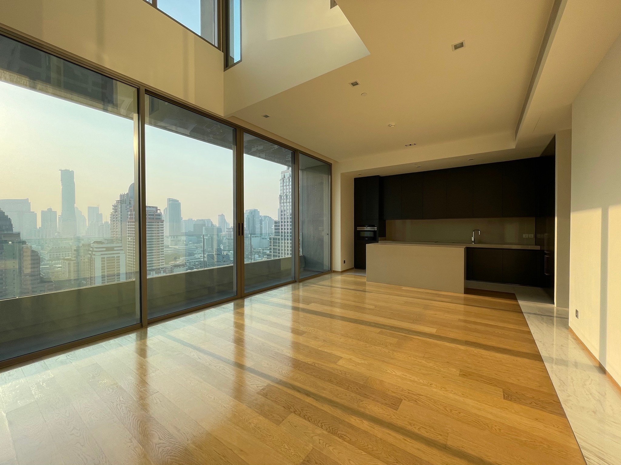 RARE UNIT! For Rent Saladaeng One (Duplex) Modern luxury style, Beautiful decoration and READY TO RENT!!