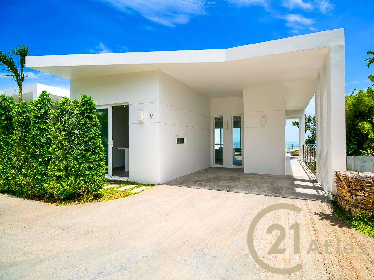 3 bedrooms Sea view infinity pool Villa
