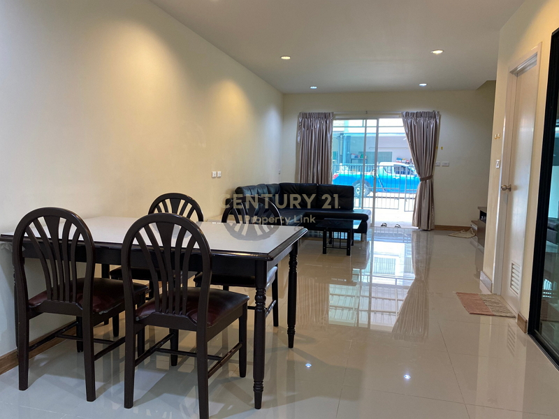 Townhouse for rent, Villette City Pattanakarn 38 project, located in Pruksa Avenue. Access in many ways/52-TH-64124