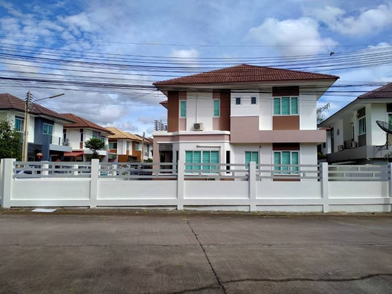 House for sale in Bowin zone, Lake Valley Village (good condition house)