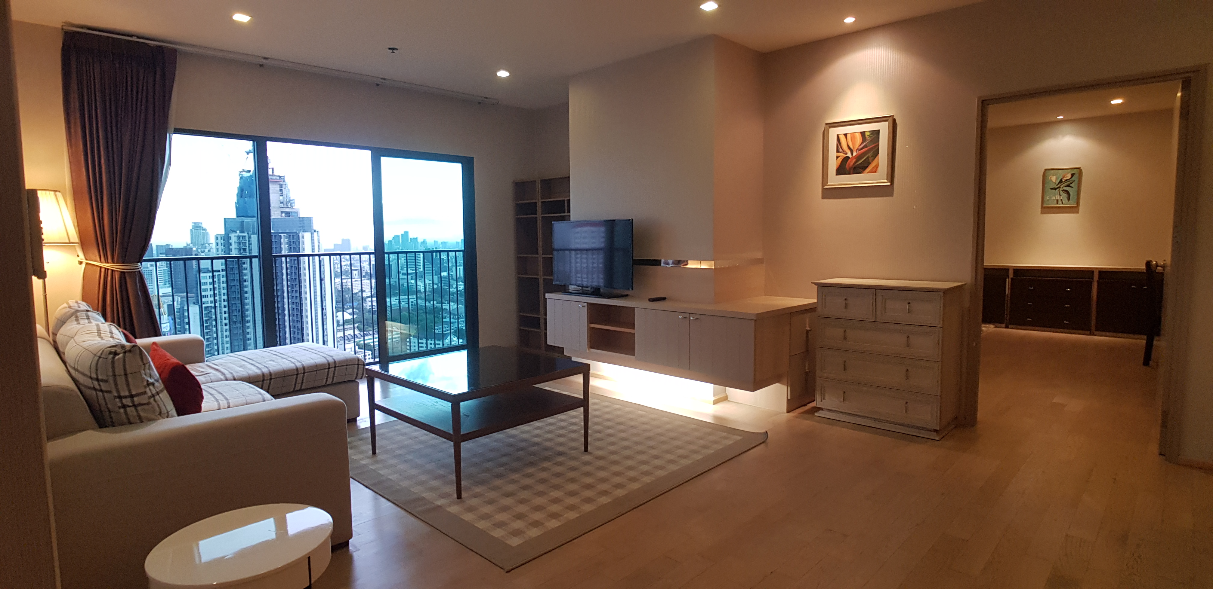 Noble Remix 2 3 Bedroom Unit For Rent (Next To Thong Lo BTS)