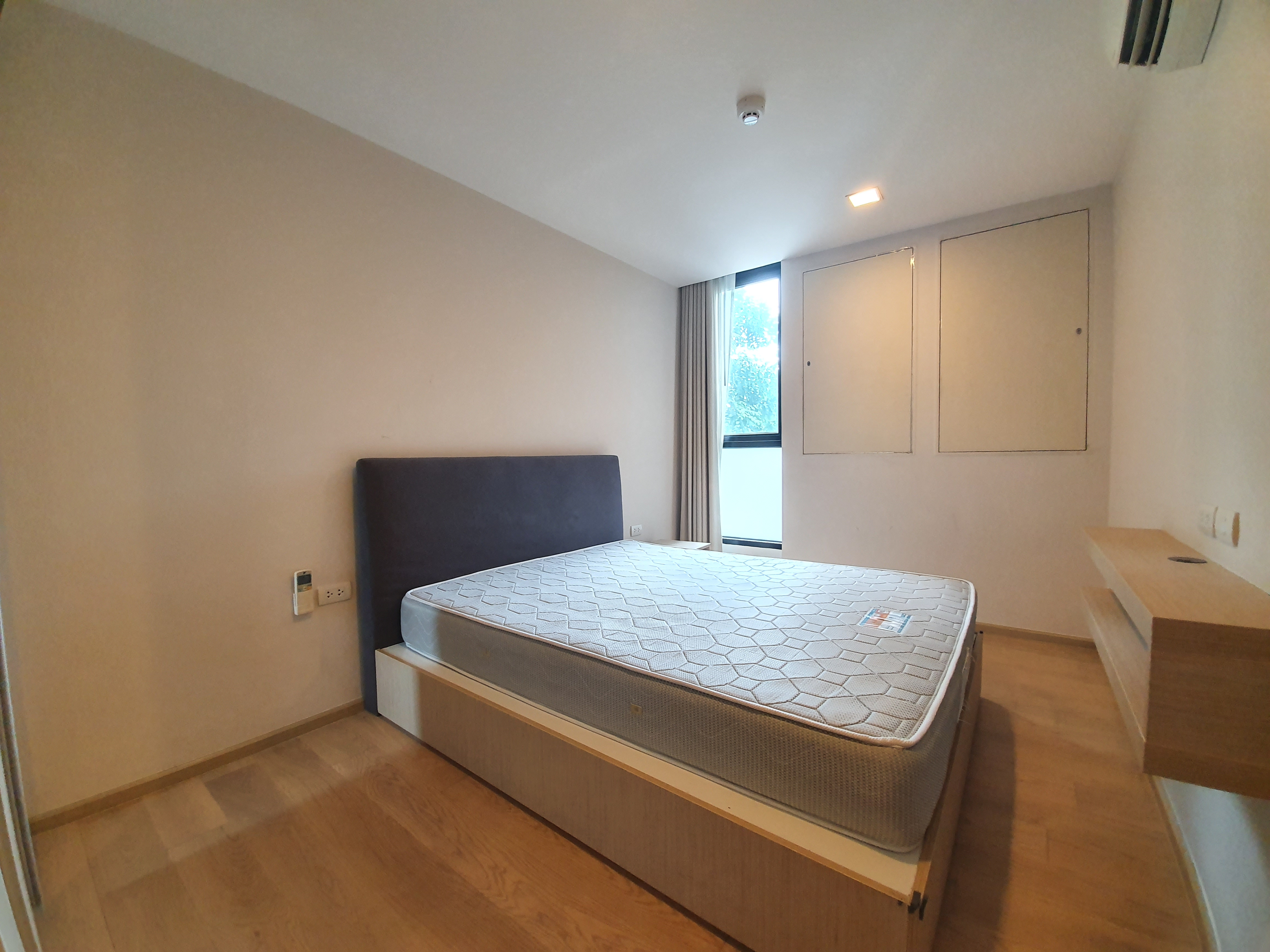LIV@49 Low Rise 2 Bedroom Unit For Rent (Between Thong lo and Phrom Phong BTS)
