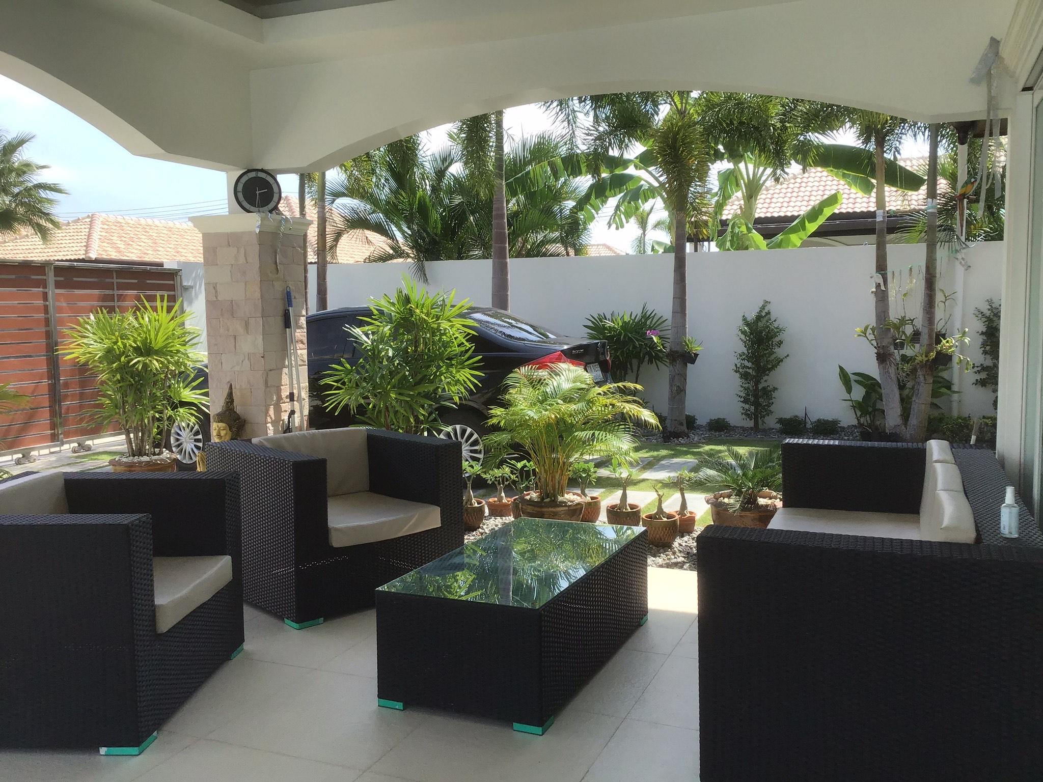 House Pool Villa