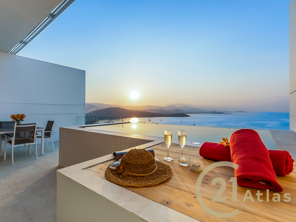 Sea view 3 bedrooms Penthouse