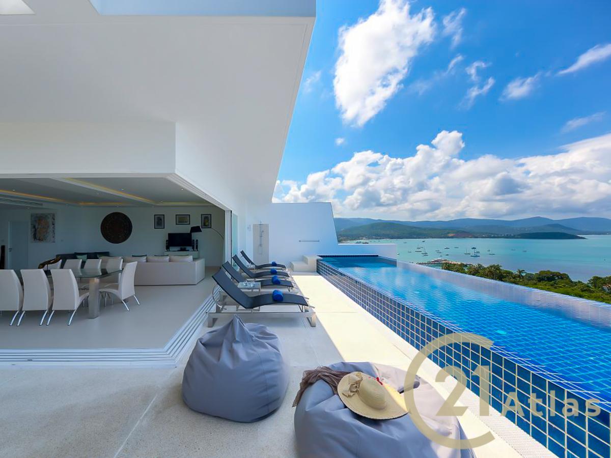 Luxury Villa with Infinity Pool & Ocean Views