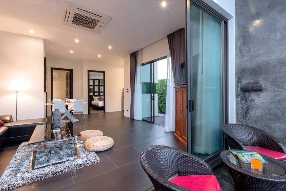 Modern 2 Bedrooms Pool Villa in Chalong