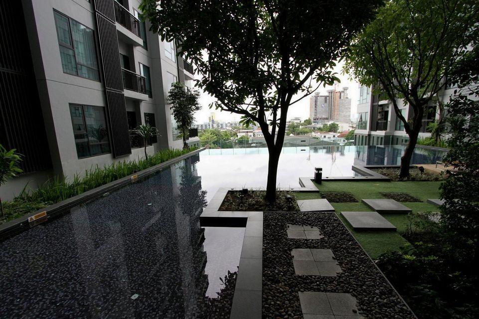 RHYTHM Sukhumvit 36-38, 2 bedrooms, 2 bathrooms with living room, size 55 SQM.