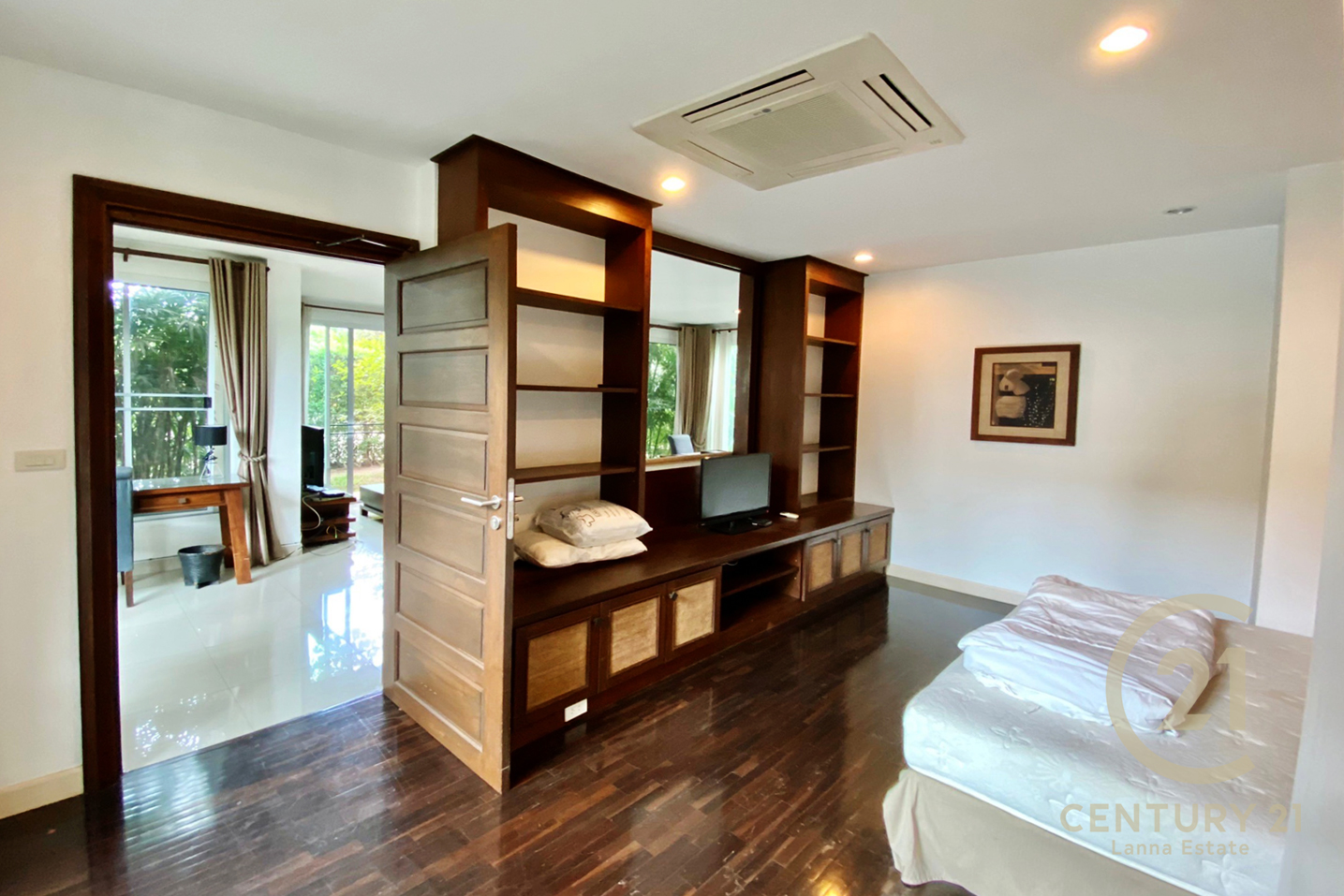 1 Bedroom Condo for Rent or Sale at TNaTaRa Exclusive Residences, Su Thep, Chiang Mai