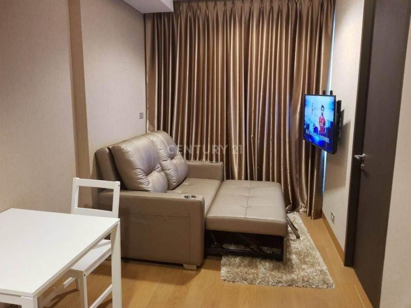 1 Bedroom Condominium for rent in The Lumpini 24, Khlong Tan, Bangkok near BTS Phrom Phong